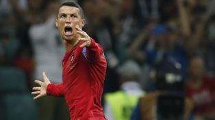 Portugal y España igualaron, en una gran noche de Cristiano