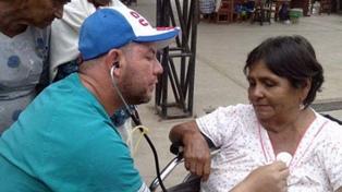 Con el fin de los convenios con Ecuador, regresó el primer grupo de médicos cubanos a la isla