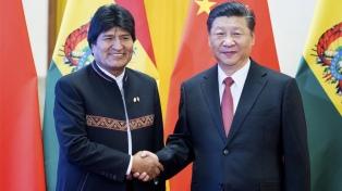 China convierte al país en socio estratégico tras encuentro entre Morales y Xi