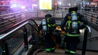 El metro de Santiago suspende su servicio por un incendio en una estación