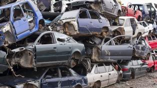 Predios en situación de colapso, contaminantes y expuestos al vandalismo