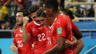 Suiza venció sobre la hora a Serbia y acaricia la clasificación