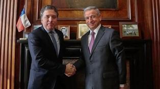 El ministro de Hacienda se reunió con Felipe Larraín