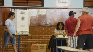 Un sondeo confirma la polarización entre Bolsonaro y Haddad
