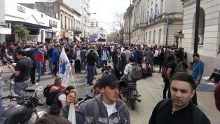 Imputaron a dos sindicalistas por la toma del Ministerio de Hacienda bonaerense