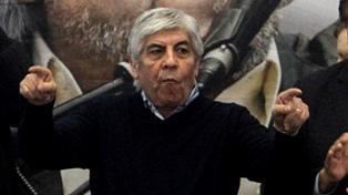 Moyano consiguió el apoyo de intendentes del PJ bonaerense para la huelga