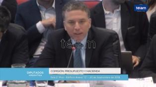 """Dujovne: """"No se realizará ninguna restructuración ni un megacanje de la deuda"""""""