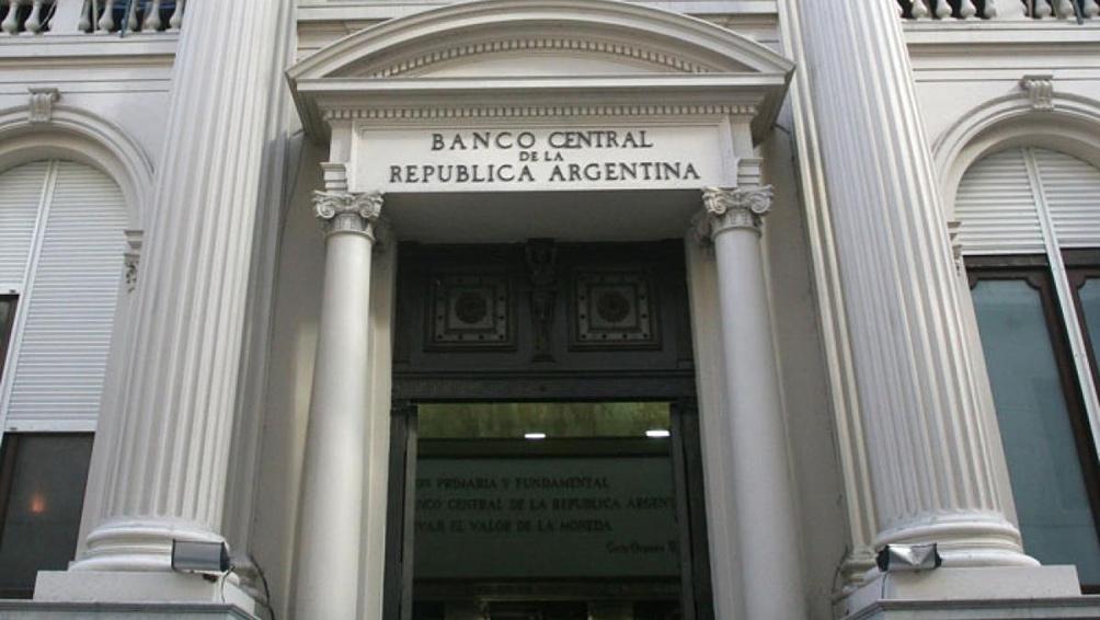 Luis Caputo renunció como presidente del Banco Central por