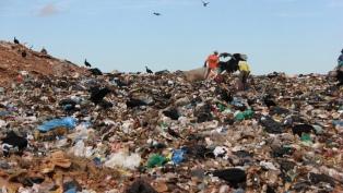 Un tercio de los residuos urbanos van a basurales, según la ONU