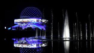 El Planetario celebra la Noche Internacional de Observación de la Luna