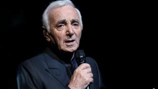 Murió a los 94 años el cantante francés Charles Aznavour