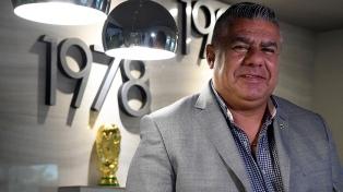 """""""Chiqui"""" Tapia: """"Gracias a quienes nos acompañan en la tarea de refundar el fútbol argentino"""""""