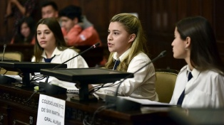 Estudiantes secundarios comenzaron a participar de sesiones simuladas en la Legislatura