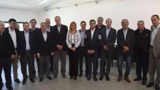 Intendentes peronistas del Conurbano debatieron en Hurlingham sobre el ajuste económico