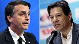 Dos de los candidatos derrotados declararon la neutralidad para el balotaje