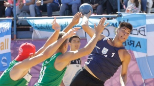 El beach handball masculino logró el bronce