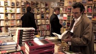 Amplían las opciones de pago para las compras de libros y muebles