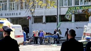 Al menos 19 muertos y 40 heridos tras el ataque de un alumno en un colegio de Crimea