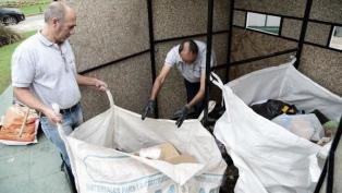 Recuperan tres toneladas de basura de las estaciones de tren de Buenos Aires