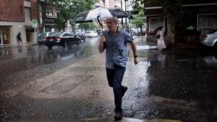 Se esperan lluvias intensas y posible caída de granizo en la zona central del país