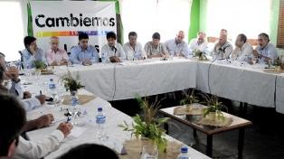 Intendentes de Cambiemos participan de un foro en Vicente López