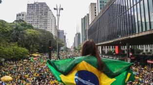 Bolsonaro le pide a sus aliados no dar la elección por ganada