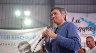 """Máximo Kirchner dijo que """"no hay que tirar la toalla"""" porque el gobierno """"se va"""""""