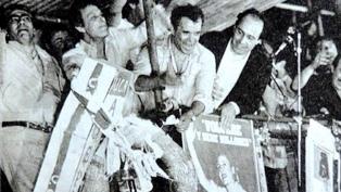 Herminio Iglesias y el ataúd, clave en la derrota peronista del 83