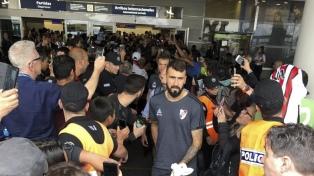 River regresó a Buenos Aires y espera por el otro finalista