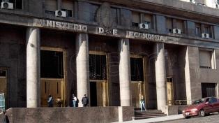 Hacienda colocó US$ 950 millones en Letras del Tesoro en Dólares en la primera licitación del año