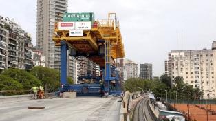 Dietrich y Larreta participaron de las primeras pruebas con trenes del Viaducto Mitre