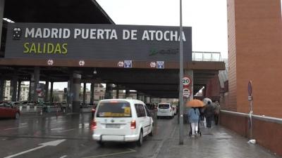 Desalojan estaciones de tren en Madrid y Barcelona por falsas alarmas de bomba
