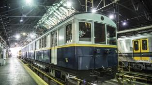 Mostrarán un vagón histórico y restaurado de la línea A de subte