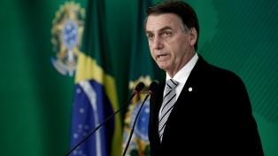 """Bolsonaro pide al pueblo recuperar """"el orgullo de ser brasileños"""""""