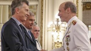 Macri entregó insignias a 35 nuevos jefes de las FFAA ascendidos