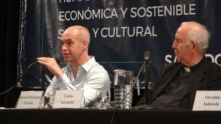 Ante referentes del oficialismo y el mundo sindical la Pastoral Social porteña llamó a un pacto social