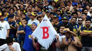 """La hinchada de Boca ganó """"su partido"""" en las tribunas desde temprano"""
