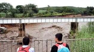 Alertan por la crecida de ríos y la continuidad de tormentas