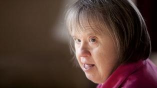 Cobos pide un régimen previsional especial para personas con síndrome de Down
