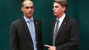 Un hijo de Bolsonaro dijo que los campesinos del MST son terroristas y que hay marxismo en Itamaraty