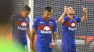 """Tigre le ganó a Argentinos  una """"final"""" por los promedios"""