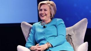 Hillary Clinton quiere competir por la Presidencia en 2020, según un ex asesor