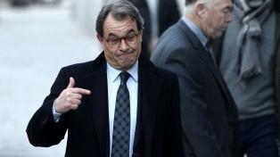 Condenan a un ex presidente regional catalán a devolver casi 5 millones de euros