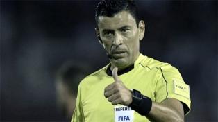 Tobar, el árbitro de la primera final, elogió a los jugadores
