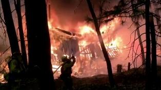 Con 44 muertos y 230 desaparecidos, California sufre el peor incendio de su historia