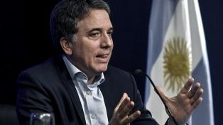 """Dujovne aseguró que el gasto público bajará otro 10% """"en términos reales"""" en 2019"""
