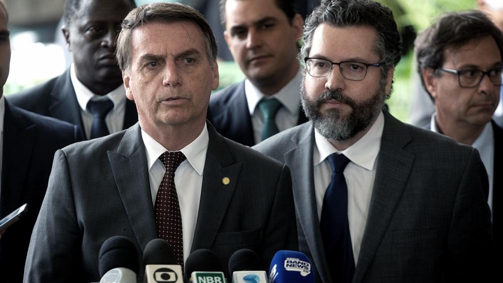 Jair Bolsonaro y Ernesto Araujo