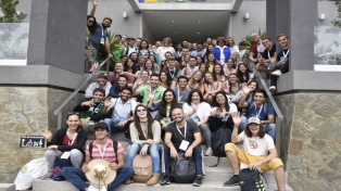 Estudiantes extranjeros aprendieron a elaborar empanadas tucumanas