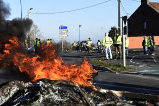 Siguen las protestas por los aumentos de impuestos a los combustibles