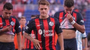 Atlético Tucumán derrotó a San Lorenzo y quedó como escolta